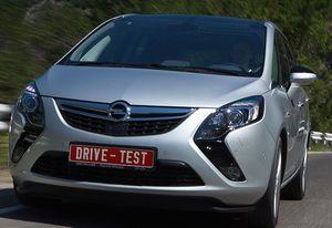 Opel Zafira Tourer - высматриваем черты бизнес-класса