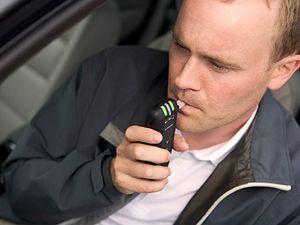 Франция: за руль только с алкотестером