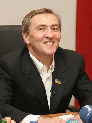 Черновецкий не освободит кресло главы КГГА, несмотря на указ Януковича