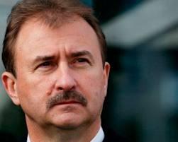 Попов «убивает» себя бюджетной «вилкой»