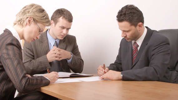 На консультацию к семейному юристу