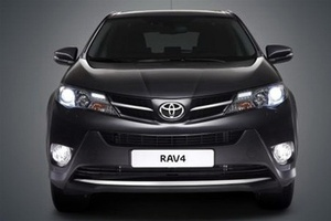 Новый кроссовер Toyota RAV4 прыгнул на одну ступеньку выше