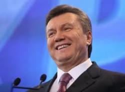 """Опять конфуз: Янукович заступился за украинские """"шкилы"""" (ВИДЕО)"""