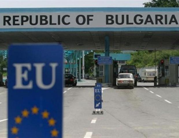 Румынские пограничники БЛОКИРОВАЛИ гражданам Украины пересечение границы!