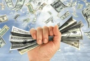 Количество депозитных вкладов в валюте растет