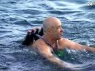 Украинские «моржи» открыли зимний сезон купаний в Крыму
