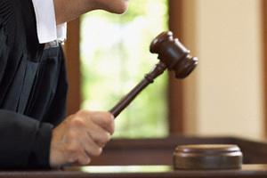 Судьи будут брать еще больше денег