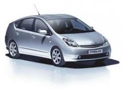Toyota отзывает гибридные Prius