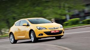 Высматриваем в трёхдверке Opel Astra GTC черты хот-хэтча