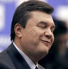 """Десятка политиков, которые помогали Януковичу стать Президентом, но потом остались """"за бортом"""""""