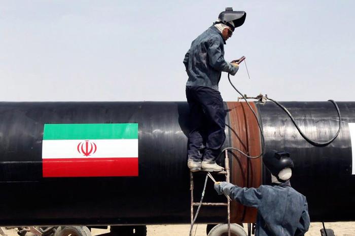 ИРИ нарастила поставки нефти своим основным азиатским покупателям на 70%