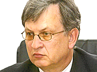 Кабмин Азарова зафиксировал недостачу полученных Кабмином Тимошенко киотских средств