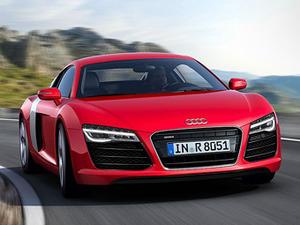 Audi обновила суперкар R8