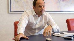 Тигипко пообещал разобраться с «оффшорными дырами» до осени