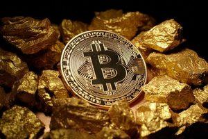 Bitcoin Gold на первых же торгах подешевел втрое
