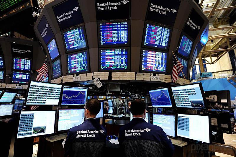 Американские фондовые рынки закрылись с потерями