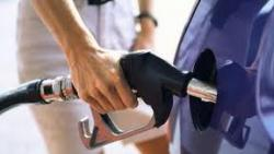 Коломойский заверил, что в Украине всегда будет дорогой бензин