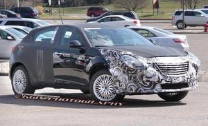 Шпионеры подловили новый хэтчбек Chrysler 100