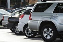 Что делать в случае повреждения машины на стоянке