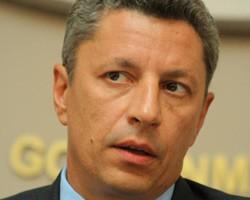 Ю.Бойко: Азербайджан предлагает поставлять Украине до 8 млн т нефти