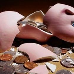 Аналитик: Украине нужно найти деньги до 10 апреля