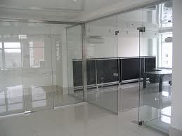 Стеклянные перегородки для офисных помещений