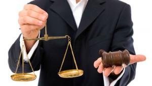 Услуги адвокатов бесплатны для клиентов, но не бесплатные для адвокатов