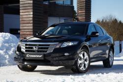 Honda Crosstour: тест-драйв  для снежного барса