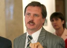 Янукович окажется в изоляции от мира, если Тимошенко арестуют, - Чорновил