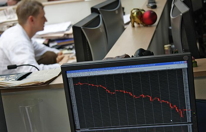 Фондовый рынок начал неделю с отката