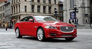 Радуемся характеру полноприводных седанов Jaguar XF и XJ
