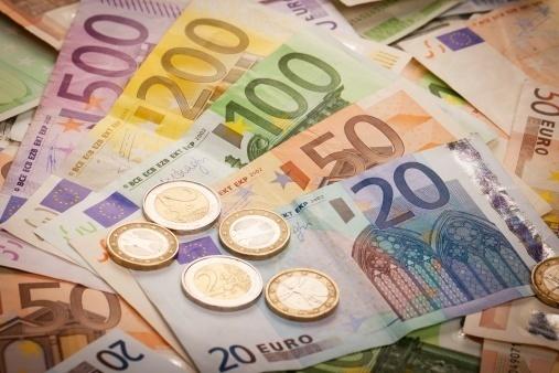 Утром – реформы, вечером – деньги
