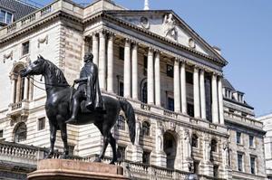 Банк Англии предупреждает о необходимости резервного капитала