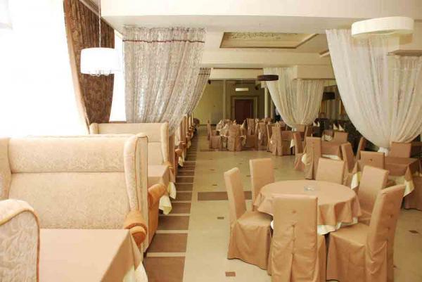 Качественная мебель для ресторанов