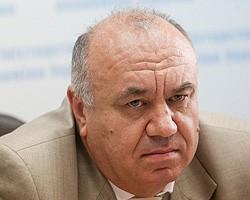 АМКУ возбудил дело против основных нефтетрейдеров по факту повышения цен на бензин