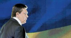 Януковича обложили и с Запада, и с Востока