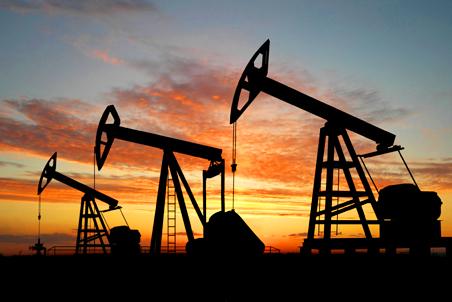 Спрос на нефть продолжит падать в течение года