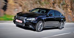 Выводим на дистанцию атаки гибридный седан Lexus GS 450h