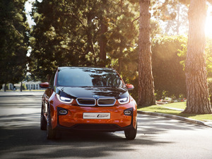 Баварцы представили трехдверный вариант электрокара BMW i3