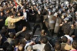 Оппозиция в Египте предрекает военное положение
