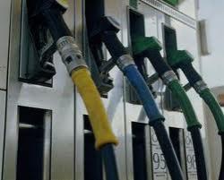 Бензин в Украине подешевеет на 50 копеек