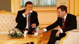 Медведев и Янукович обсудят разграничение Керченского пролива