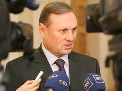 """Александр Ефремов: Бюджет будет принят на базе нового налогового кодекса, и """"он будет принят до Нового года"""""""