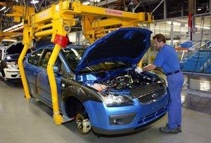 Ford создаст в США 12 тысяч новых рабочих мест