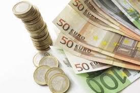 Евро возвращает позиции