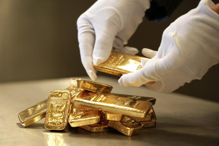 Цены на золото преодолели 2-летний максимум