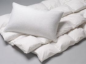 Выбираем подушку и одеяла для спальни
