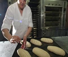 Хлебопекари теряют 110 миллиардов из-за сетей