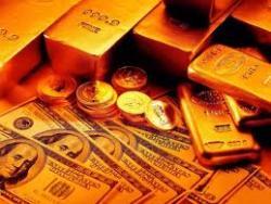 Золото серьезно дорожает