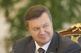 Янукович прикусил язык